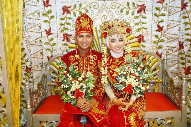 wedding-traditions-around-the-world